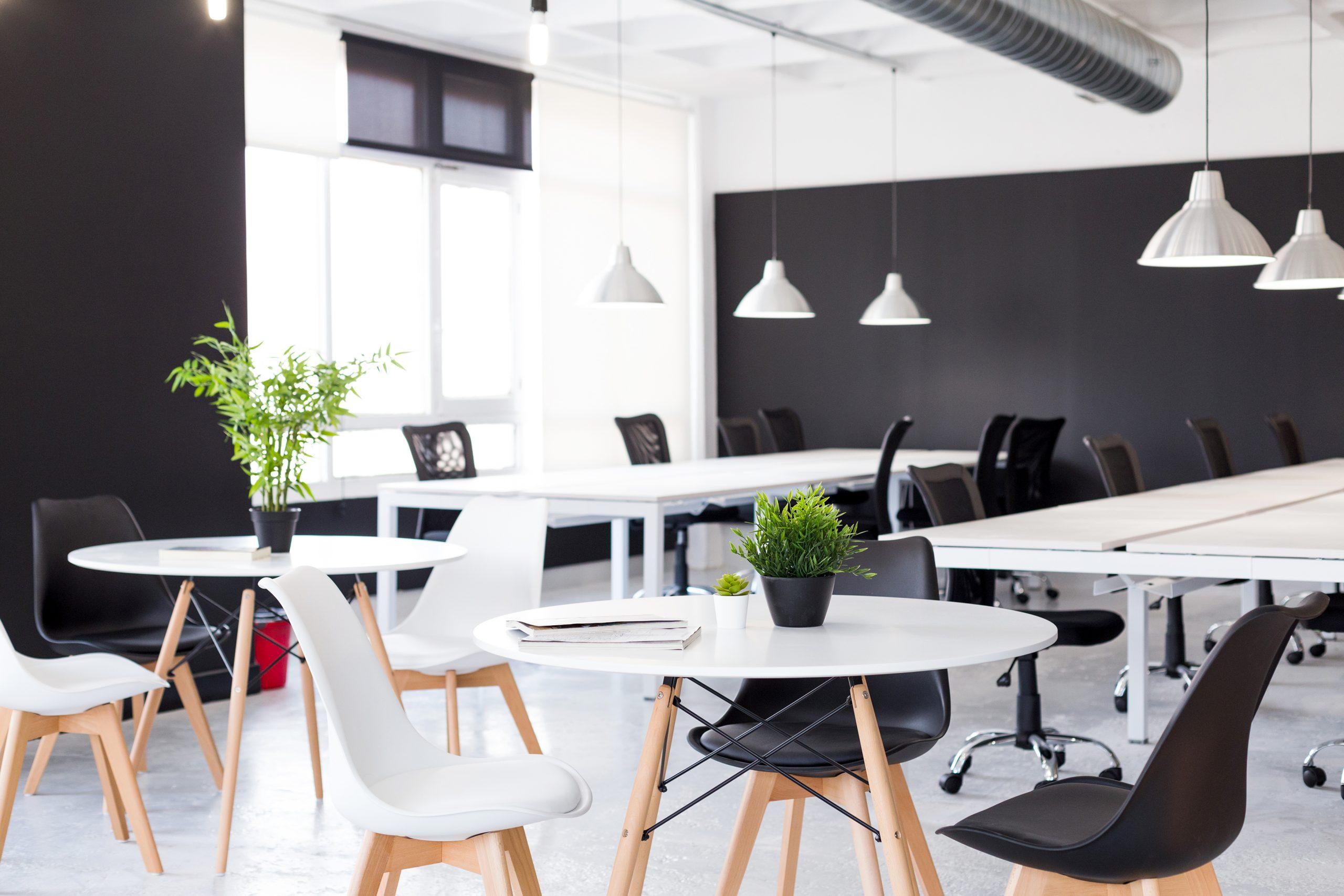 Mesas-reuniones-equipo-proyectos-negocio-innovadores-bilbao-biworking